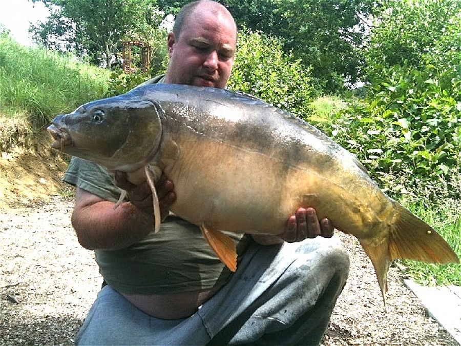 Kieron Hearn, 22nd Jun<br />32lb 09oz mirror, France