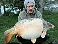 Nick Howard, 25th Apr<br />34lb 05oz ghostie mirror